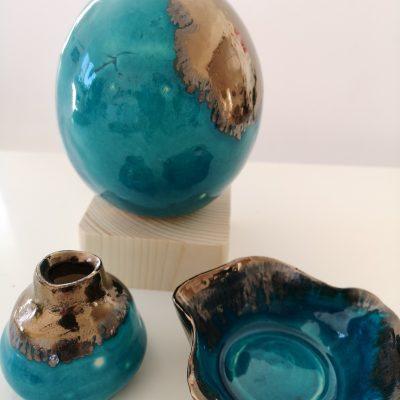 Keramik guld och turkos